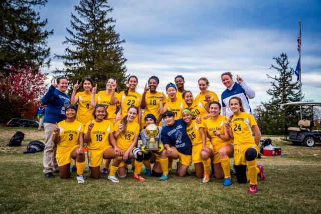 SKS girls varsity soccer team 2016